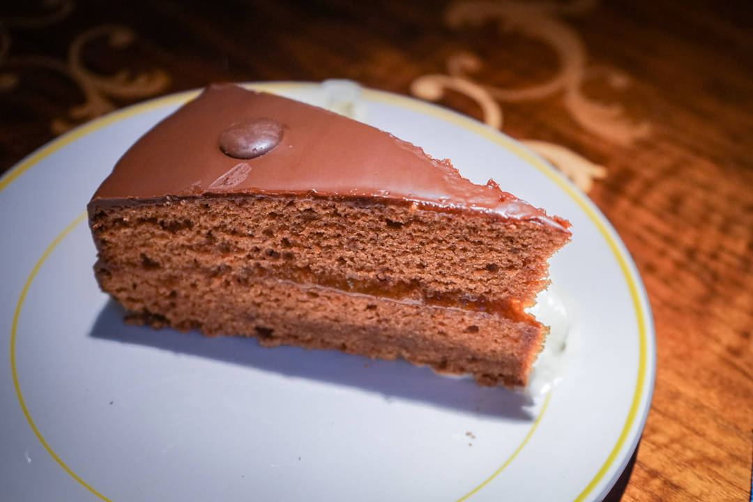 Vollpension Sachertorte