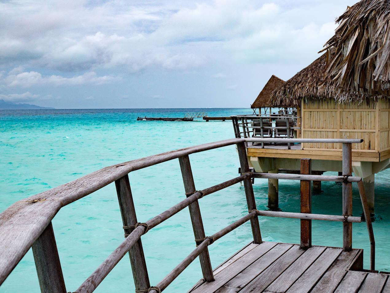 Tahiti_BungalowDeck