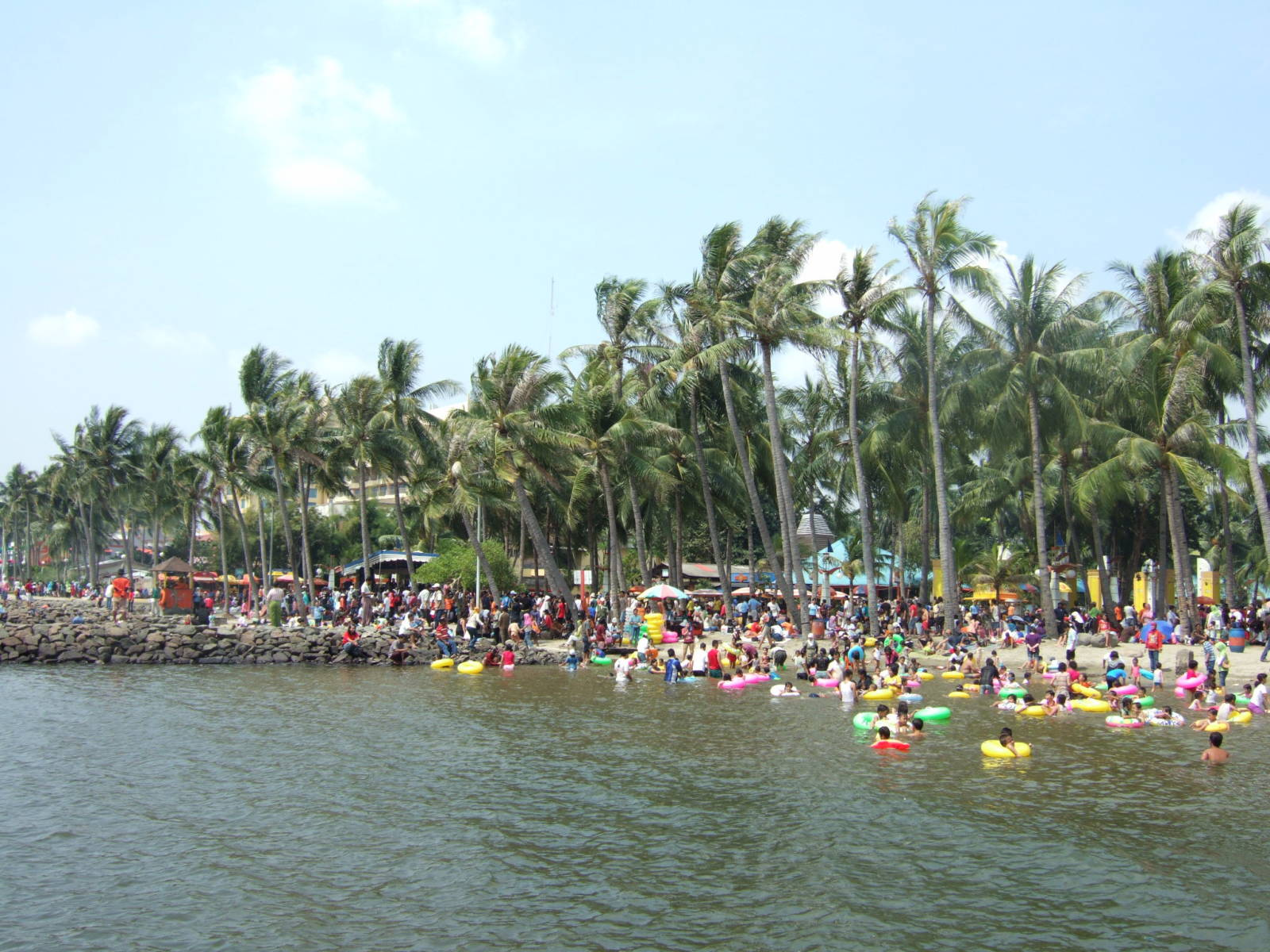 Festival_beach_Ancol_Jakarta