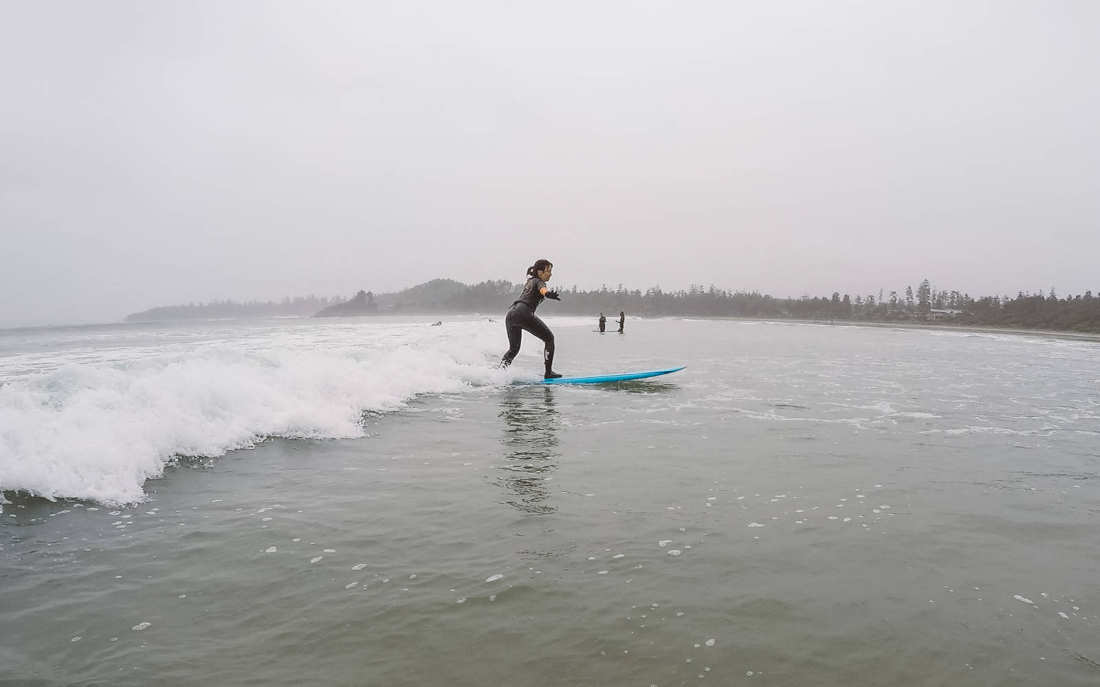 Surfing in Tofino_2
