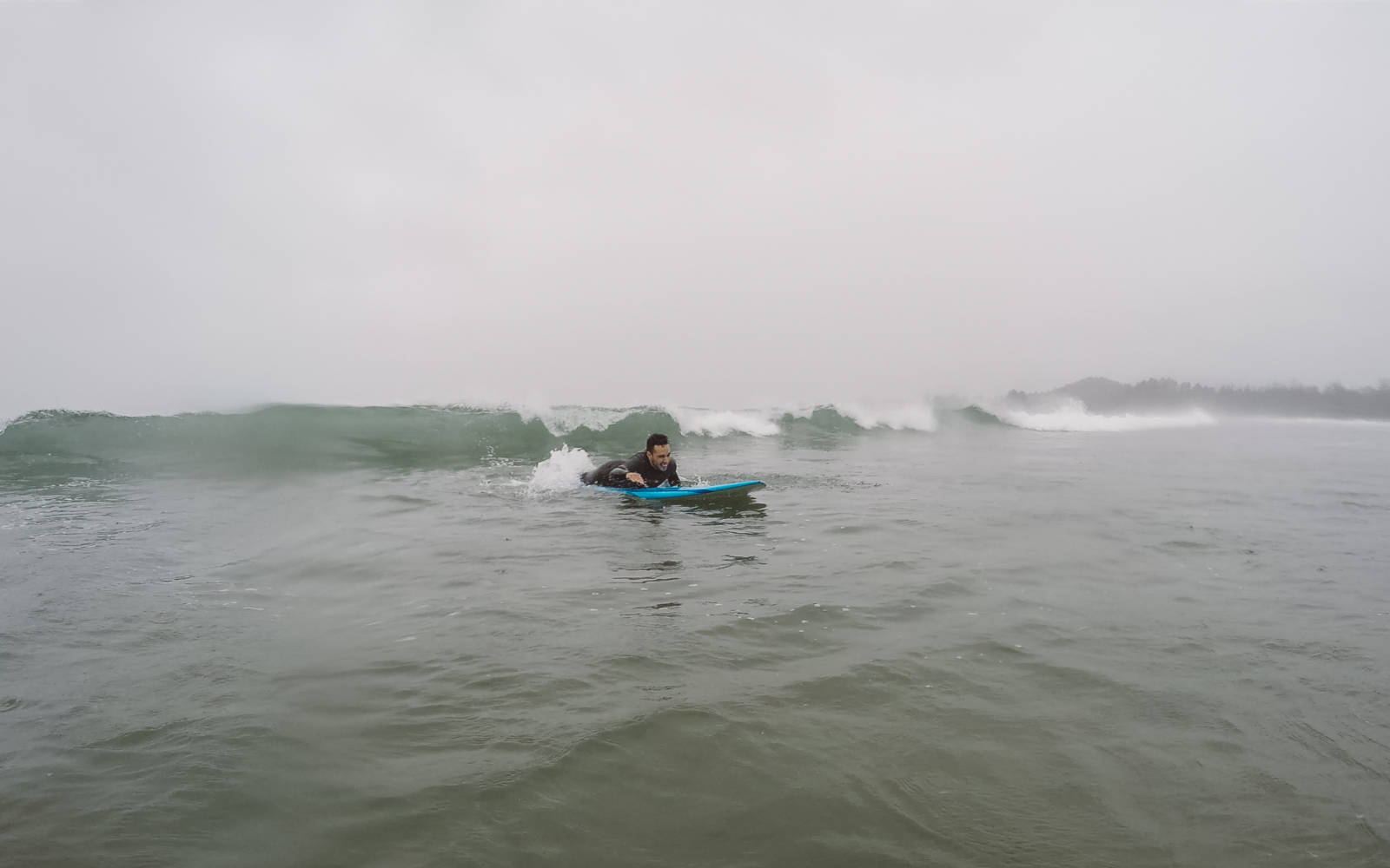 Surfing in Tofino_3