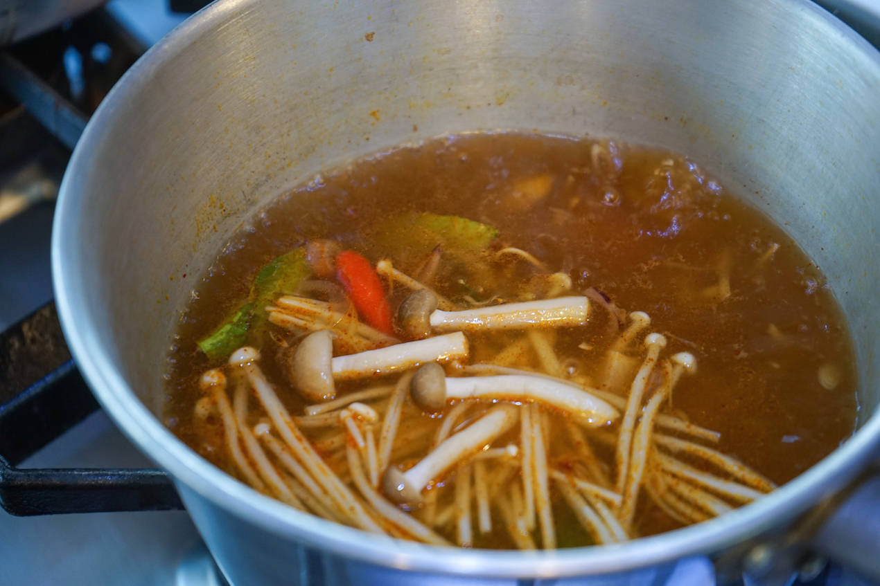 Easy Tom Yum Soup Recipe_2