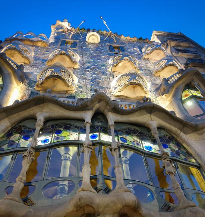Top 10 Activities to Enjoy in Barcelona