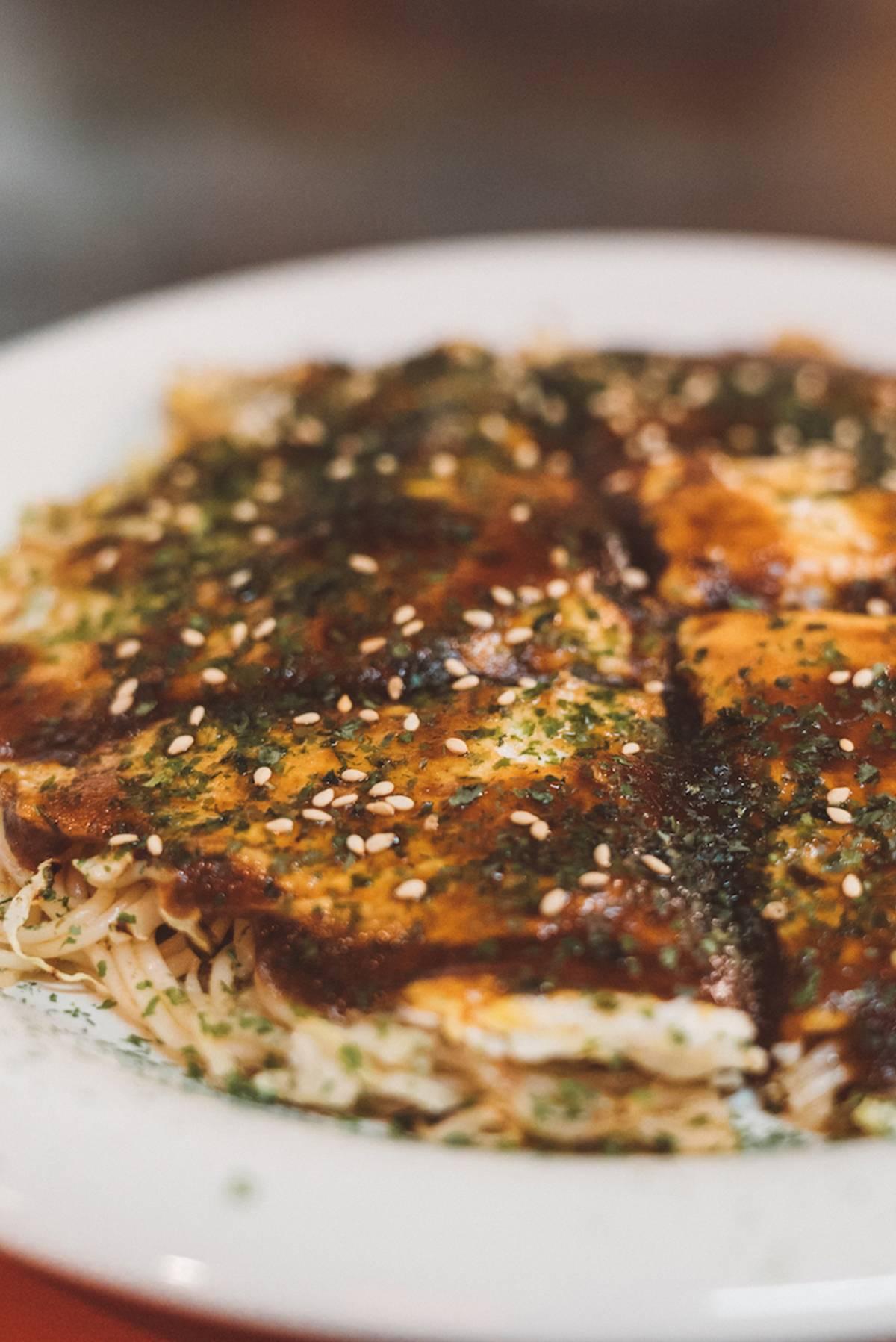10 Must-Try Japanese Food Experiences okonomiyaki