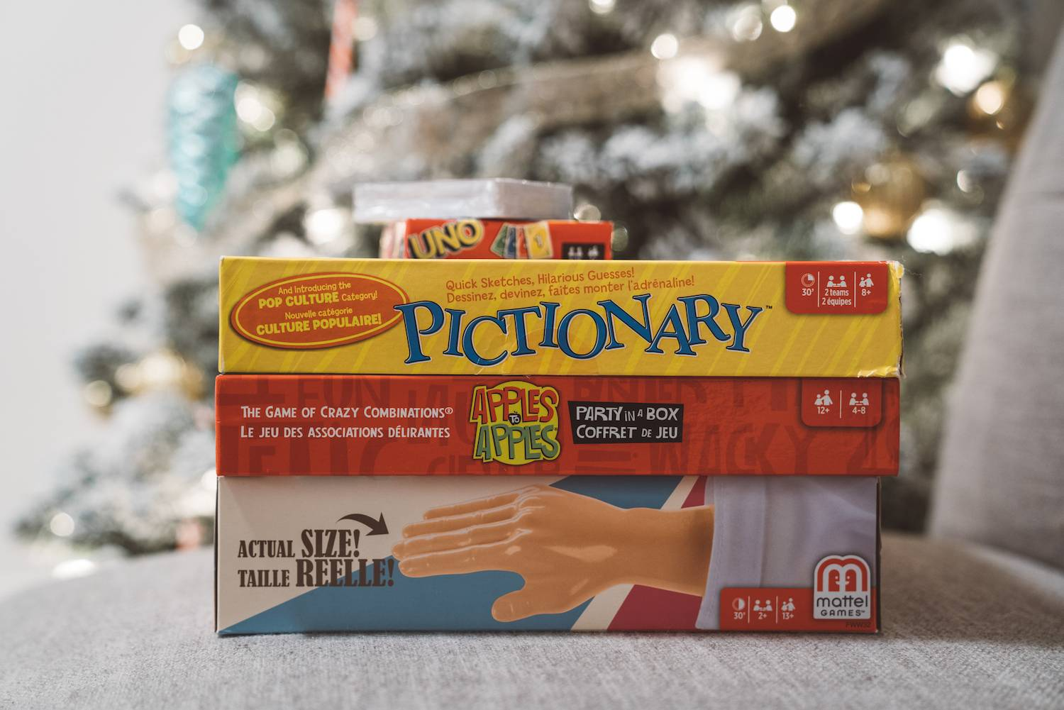 Holiday Gift Guide for Travel 2018 Pictionary2