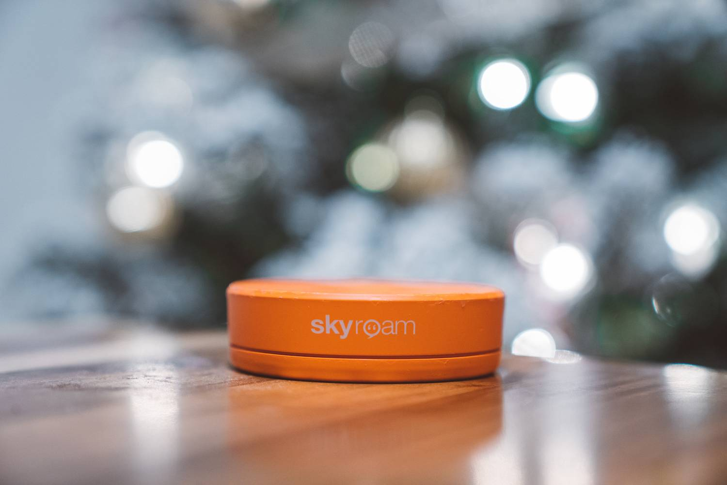 Holiday Gift Guide for Travel 2018 Skyroam